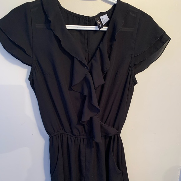 H&M Divided | Black Ruffle Romper